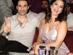 Happy couple: Sunny Leone, Daniel look stunning in Instagram image, fans are loving it