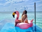 Ananya Panday's 'Glamingo' image from Maldives is going viral on internet