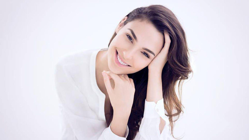 Thankful that life is starting to get back on track: Gal Gadot