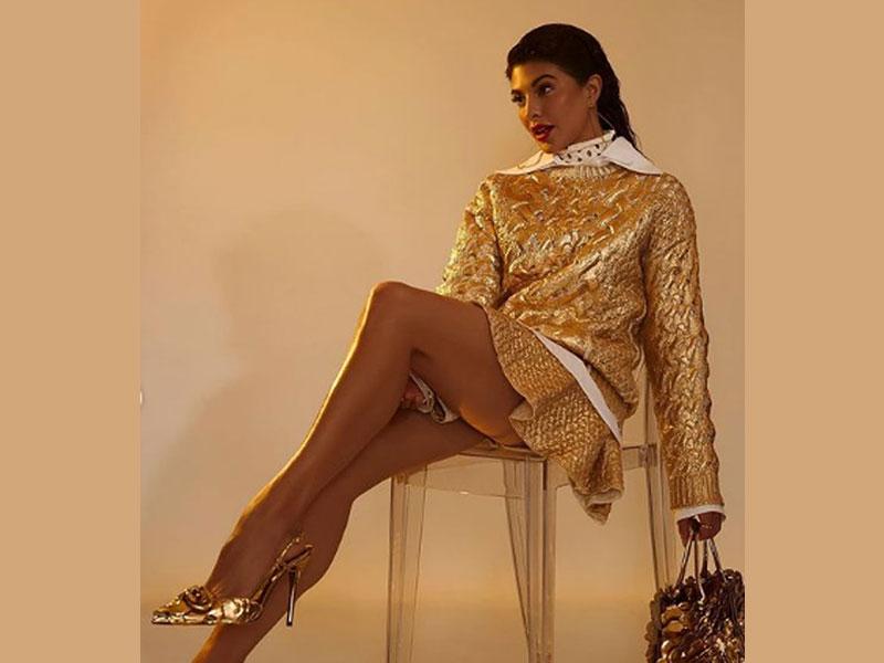 Jacqueline Fernandez looks stunning in her stunning golden sweater photos  on Instagram | Indiablooms - First Portal on Digital News Management