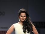 Sania Mirza congratulates husband Malik for hitting century