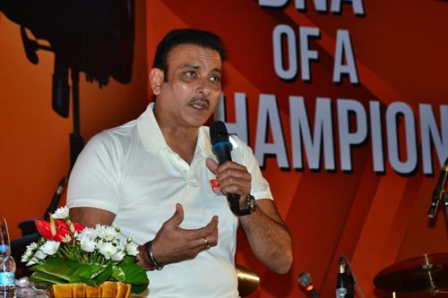 Virat Kohli, MS Dhoni share tremendous mutual respect: Ravi Shastri
