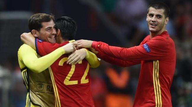 Spain ease past Turkey into round of 16 in UEFA