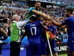 Dominant Italy brush aside champions Spain