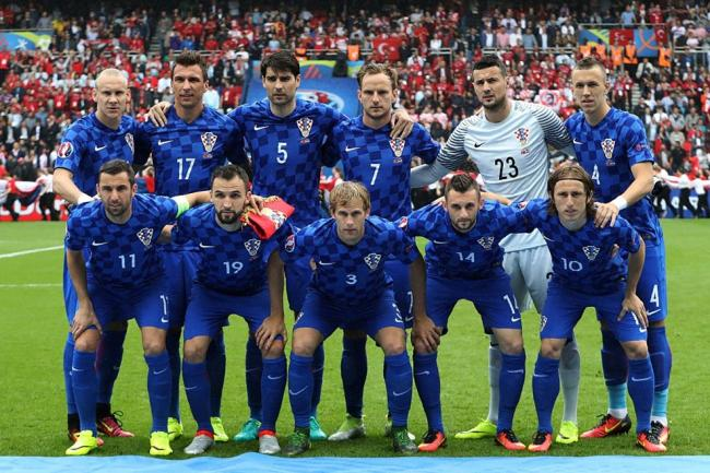 Modrić magic helps Croatia down Turkey