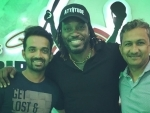 Chris Gayle hosts dinner for Indian cricketers