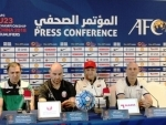 Constantine stresses on building a team for future