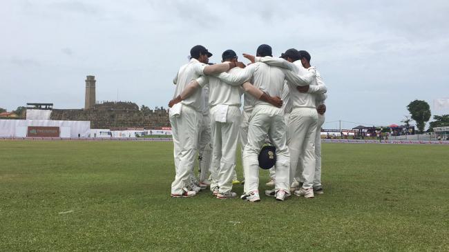 India beat Sri Lanka by 304 runs, take 1-0 lead