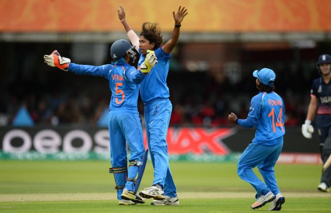 India need 229 runs to lift maiden World Cup title