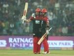 Kohli, AB de Villiers power Royal Challengers Bangalore beat Delhi Daredevils by five wickets