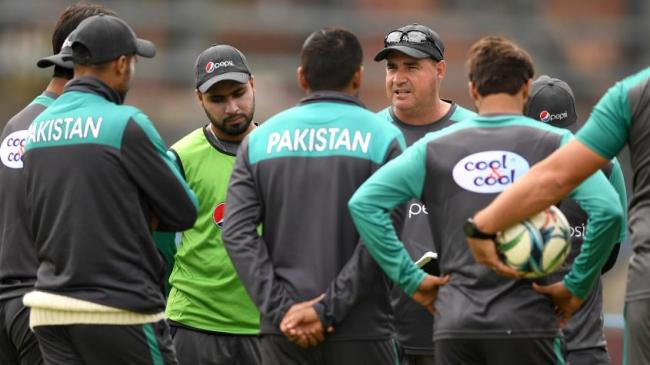 Mickey Arthur reprimanded for showing dissent: ICC