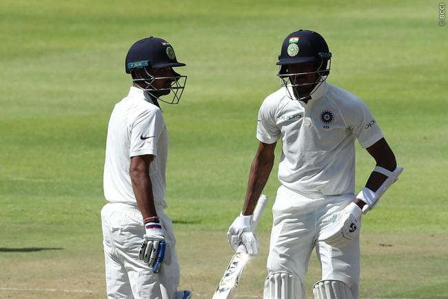 South Africa bounce back with three quick wickets after troubled by Bhuvneshwar
