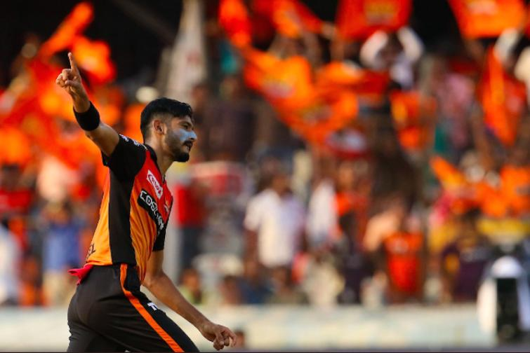 IPL: Sunrisers Hyderabad thrash KKR by 9 wickets