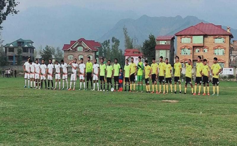 Kashmir:Spectrum football tournament begins in Pampore