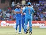 Steve Smith smashes 131 as Australia post 286/9 against India in third ODI