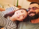 Virat Kohli, Anushka Sharma give 'fake' smiles during quarantine times