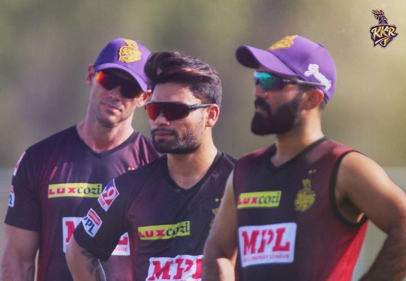 IPL: KKR win toss, elect to field first against MI