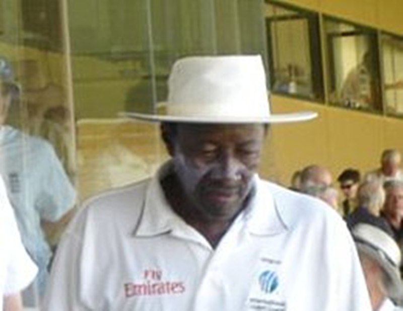West Indian umpire Steve Bucknor admits his 'two mistakes' might have 'cost' India 2008 Sydney Test against Australia