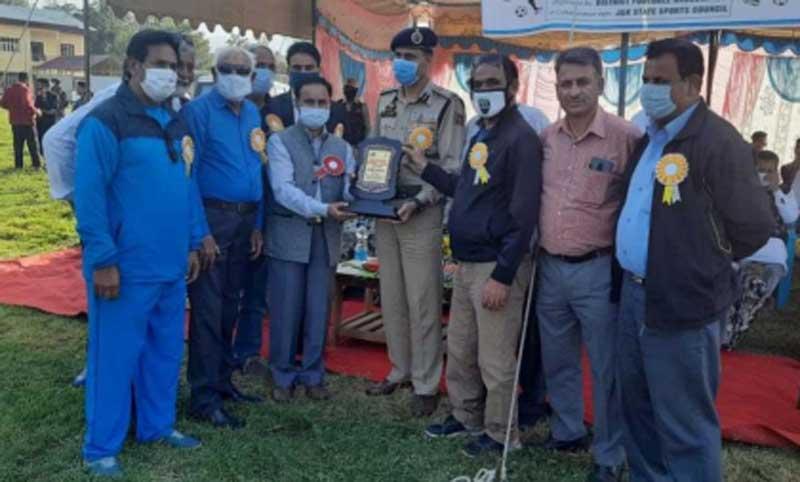 Jammu and Kashmir: DC inaugurates 'District Football League Championship' at B'la