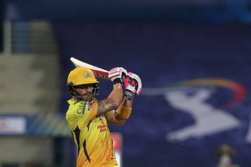 MS Dhoni's CSK clinch IPL opener by beating MI by five wickets