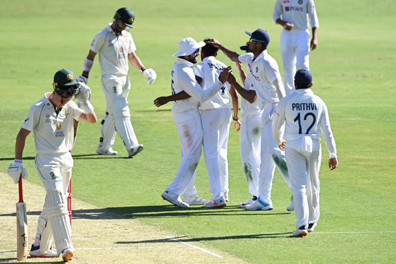 Brisbane Test: Inexperienced Indian bowlers limit Australia to 274/5 on day 1