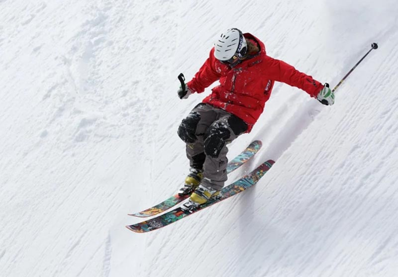 South Kashmir skiing championship held