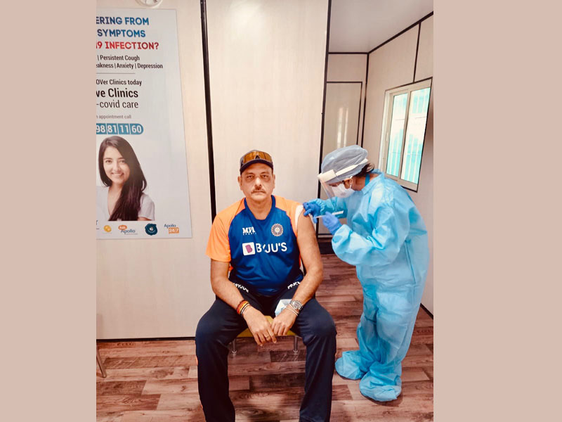 Ravi Shastri receives first dose of Covid-19 vaccine