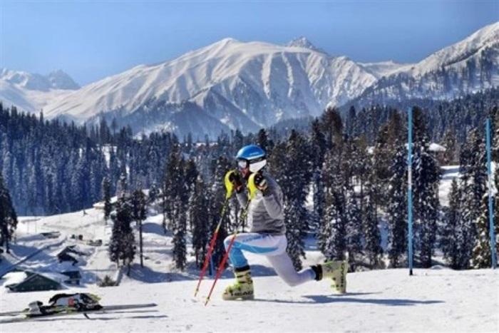 Kashmiri international level Alpine skier dreams to be an Olympian