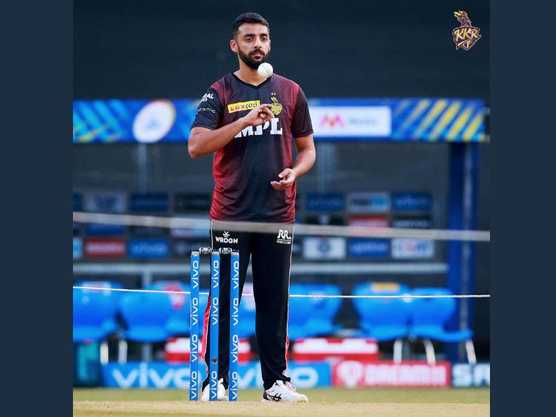IPL: KKR-RCB match postponed after Varun Chakravarthy, Sandeep Warrier test Covid-19 positive