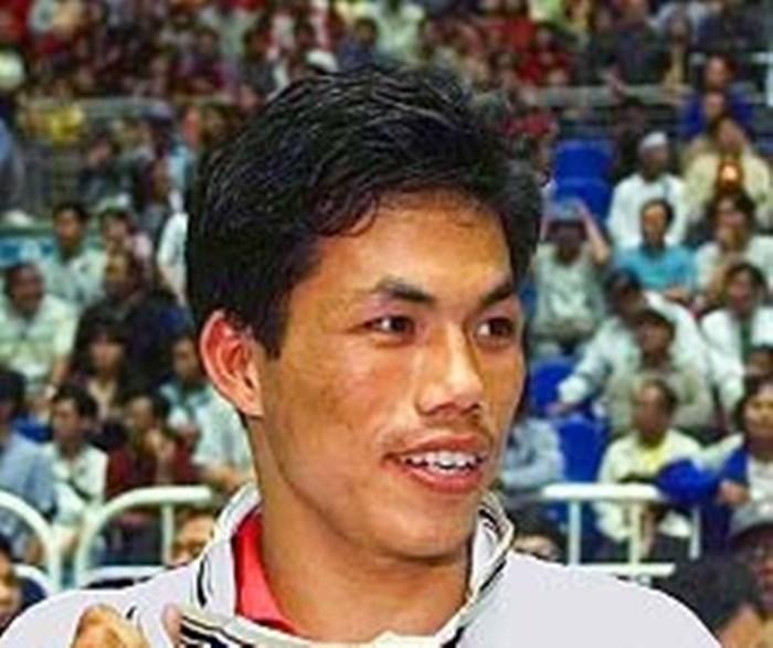 Asian gold medallist boxer Dingko Singh dies at 42