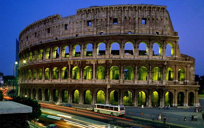 Touring Italy with a Small Group: Pros and Cons