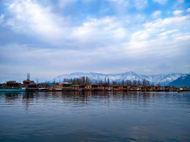 Kashmir: Tourism Department to run Musical Fountain, laser show in Dal Lake thrice every day