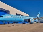 Etihad Airways unveils Manchester City FC Livery on New Dreamliner