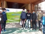Jammu and Kashmir: Dir tourism flags off trekking group to Gulmarg