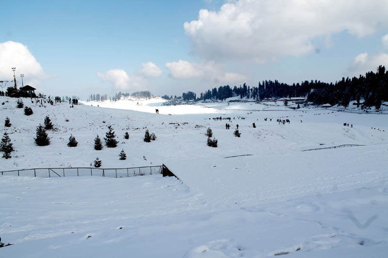 Jammu and Kashmir witnessing huge tourist turnout after snowfall