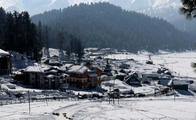Jammu and Kashmir: Gulmarg gets back sheen, hotels register full bookings till April 15