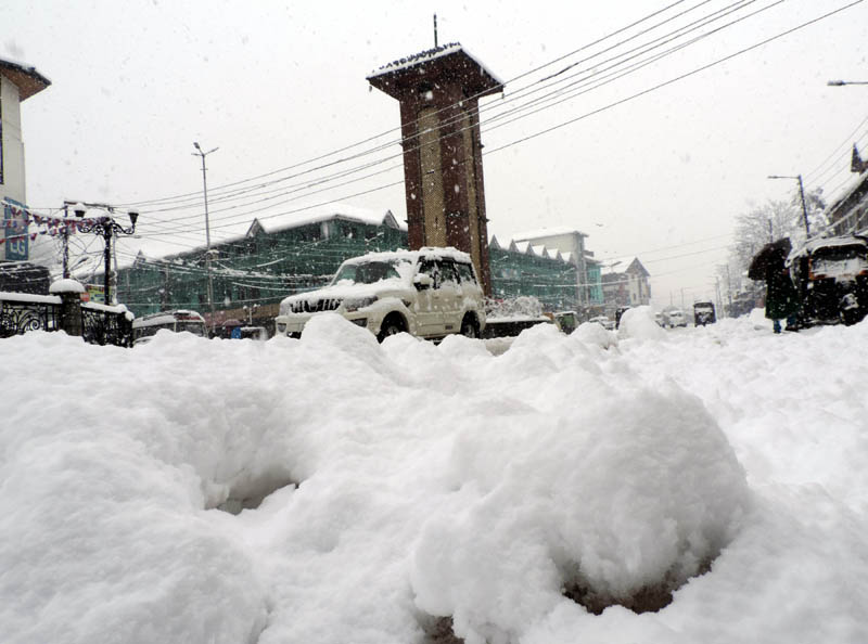 Jammu and Kashmir: Tourism department to provide free accommodation to tourists