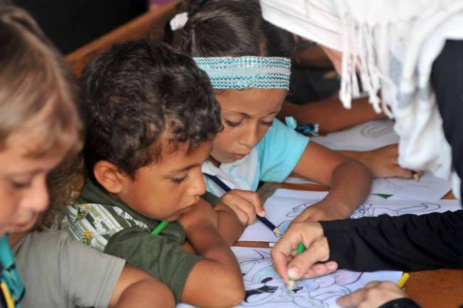 Middle East: Funding crisis may force UN agency to delay start of school year
