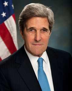 John Kerry arrives in Pakistan
