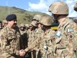 Raheel Sharif visits LOC