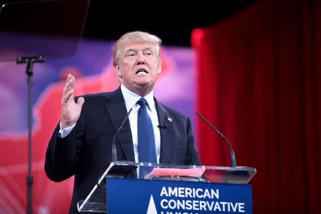 US Republican Presidential hopeful Trump irks news channel and opponents through boycott