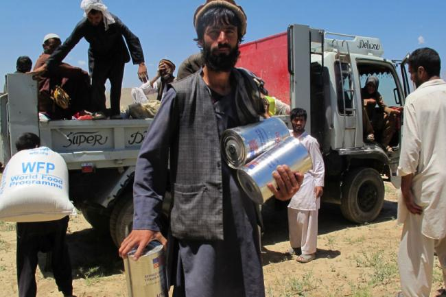 Afghanistan: UN launches nine-month operation to assist returnees with emergency food and cash