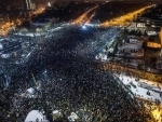 Romanians continue to protest against corruption decree, government refuses to budge