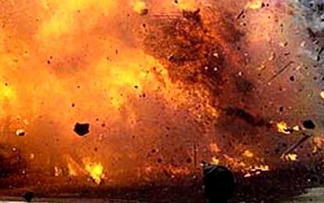 Pakistan blast kills 25,Deputy Chairman Senate injured