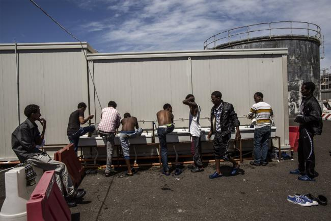UN refugee agency urges Israel to halt forced relocation of African asylum seekers