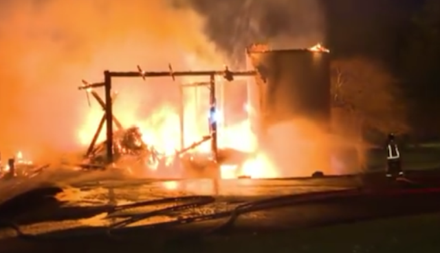 Canada: Fire in Toronto stable, kills 16 horses