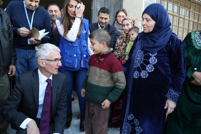 In Damascus, UN aid chief outlines measures to improve response to Syrian crisis in 2018