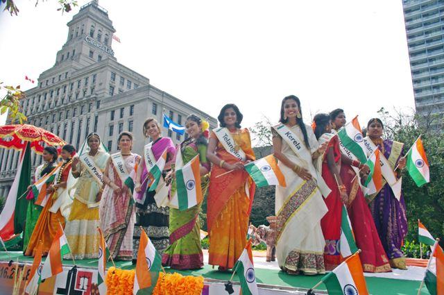 India Day parade energizes downtown Toronto