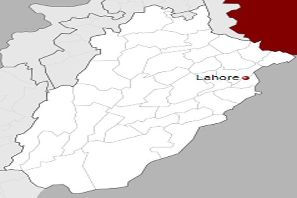 Pakistan: Training plane crashes in Lahore, two pilots injured