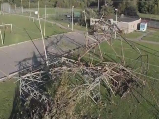 Canada: Tornado rips apart Ottawa, several people without power